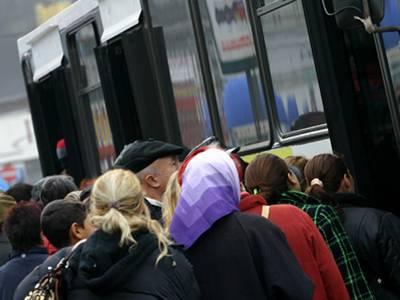 Anunţul TCE Ploieşti. Sunt vizaţi toţi pensionarii care au legitimaţii de transport