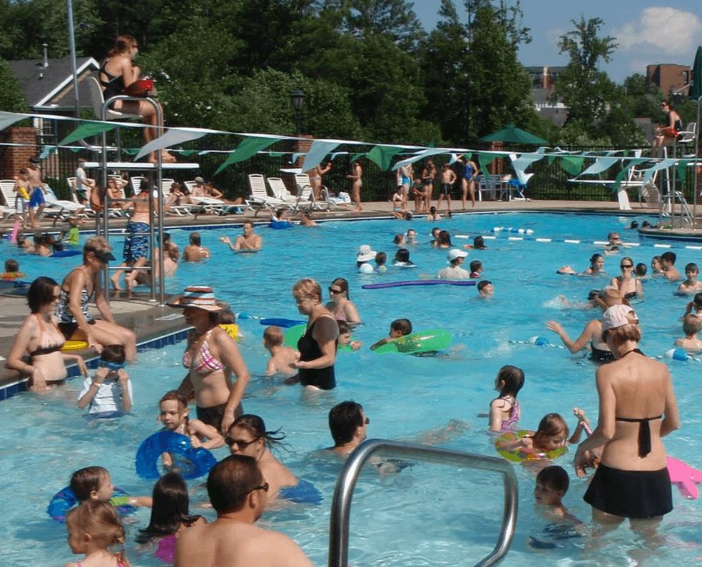 Tranduri i piscine amendate de anaf cu lei gazeta de prahova for Swimming etiquette public pool